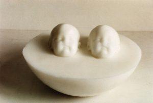 twins pure, 2000, Wachs, 26 x 26 x 15cm - Wolfgang Stiller